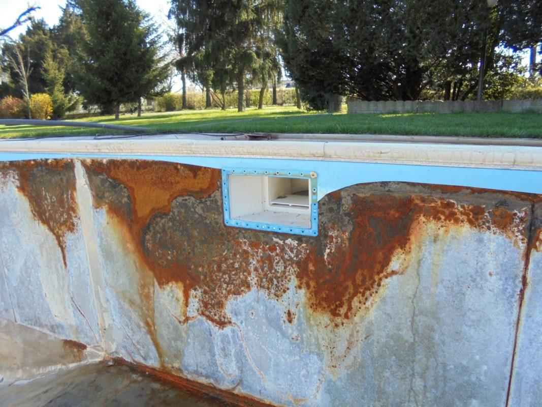 Sostituzione telo pvc e riparazione rivestimento zavatti for Riparare piscina