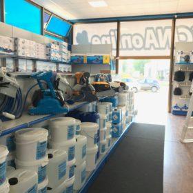 Showroom Zavatti Piscine a Sfioro - Prodotti chimici e robot piscina