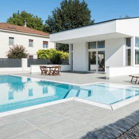 Progettazione piscina a sfioro tramite configuratore di piscine
